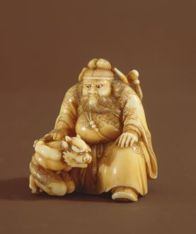 Netsuke in the form of a demon queller and a small demon, Meiji Period (1868-1912)